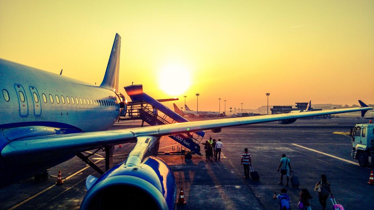 Repülőtéri zajcsökkentés – Mától többe kerül a Budapest feletti éjszakai repülés a légitársaságoknak