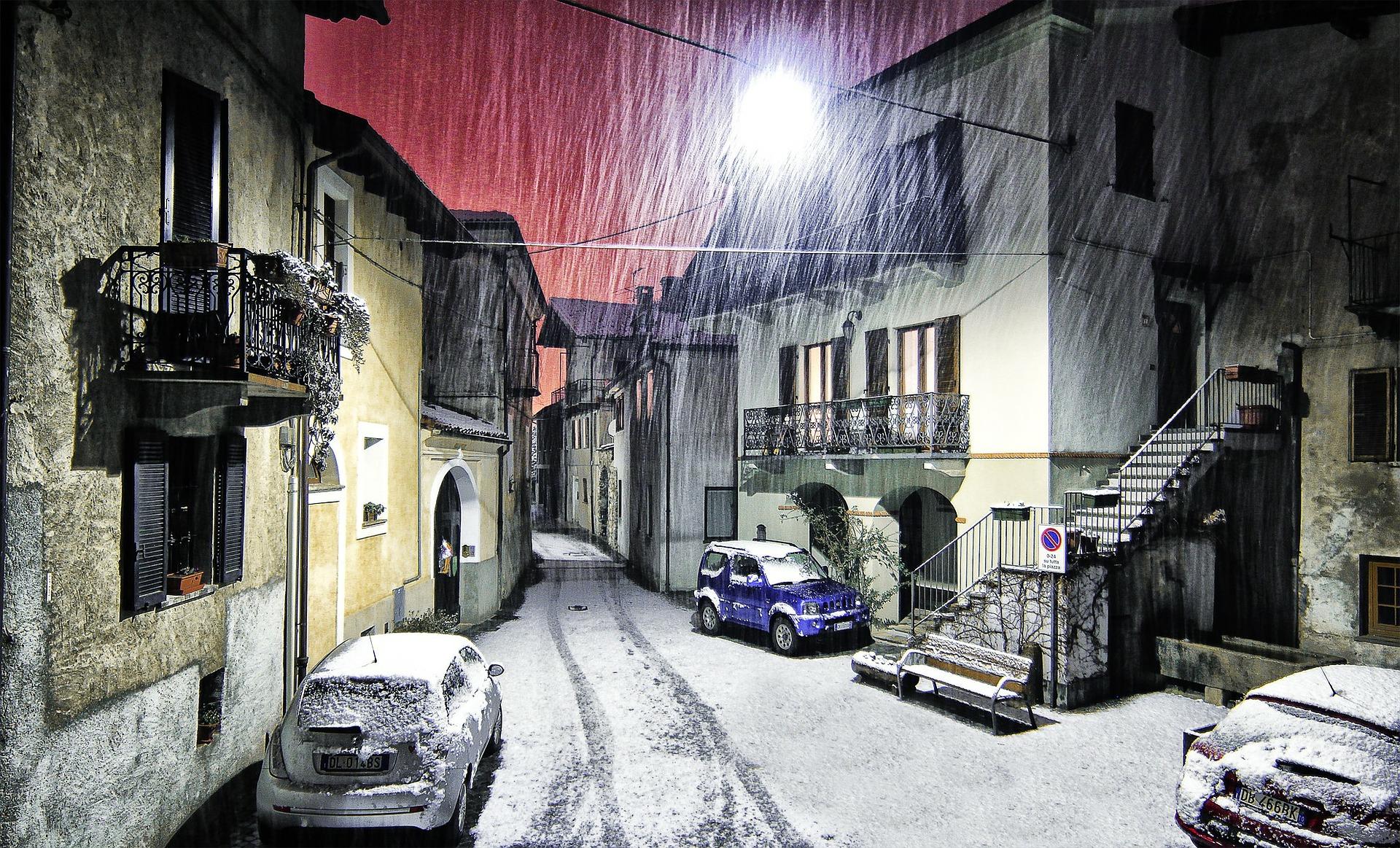 Brutális kártérítést fizethetnek idén télen a háztulajdonosok: erre sokan nem figyelnek