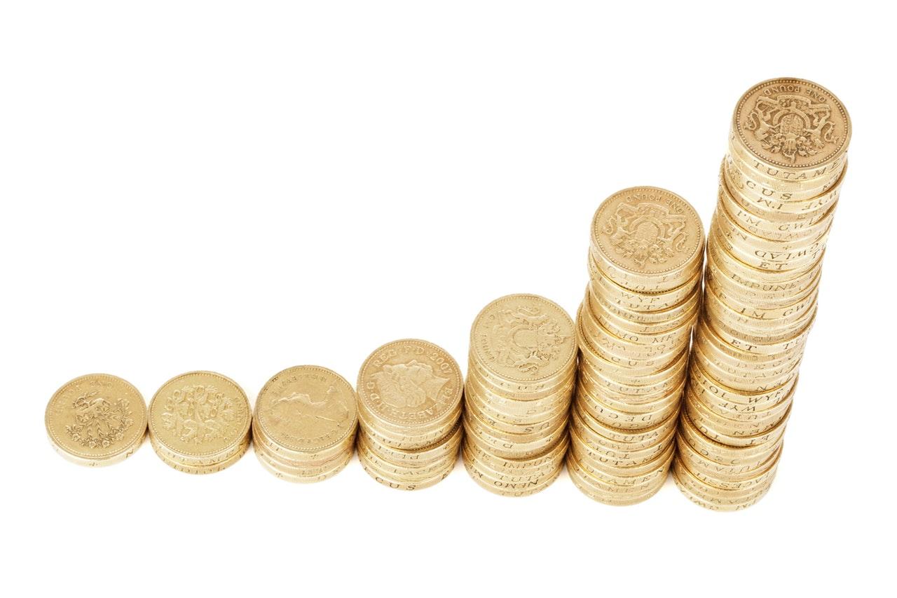 Kiugró vagyongyarapodás a pénztáraknál