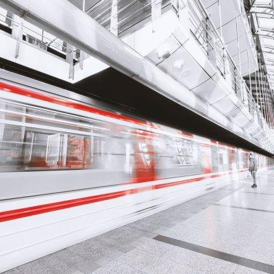 Új állomáshoz érkezett a metrófelújítás