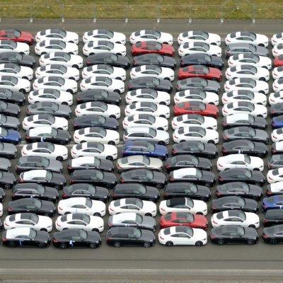 Őrület, hogy veszik az új autókat Magyarországon – Ezek most a legnépszerűbb márkák