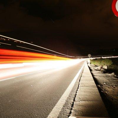 K&H: bevallották az autósok, betartják-e a sebességhatárt