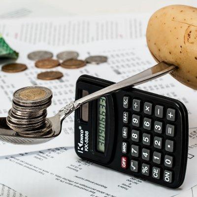 A fiatalok csupán 31 százaléka tudná legalább fél évig kihúzni a megtakarításaival
