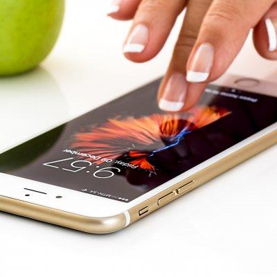 K&H: már mobilbankon is köthető kgfb