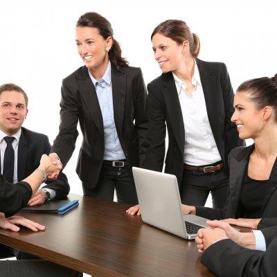 Hatalmas munkaerőhiány keletkezhet a pénzügyi szektorban