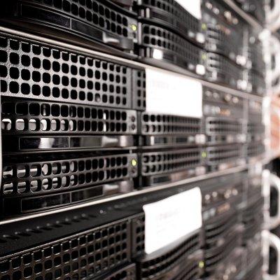 Második hullám: soha nem látott ostrom alatt a vállalati informatika